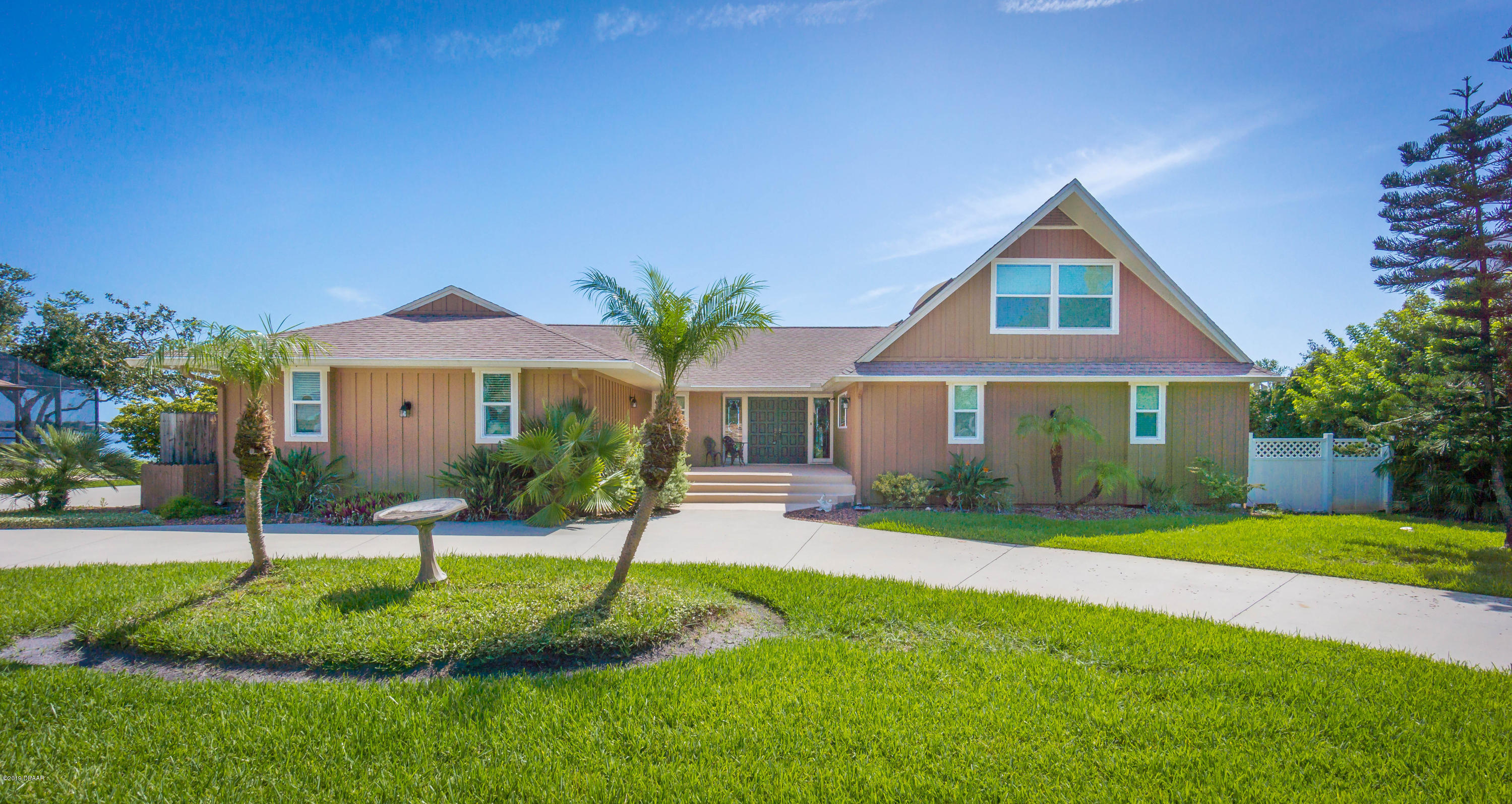 1207 Oak Forest Drive, Ormond Beach in Volusia County, FL 32174 Home for Sale