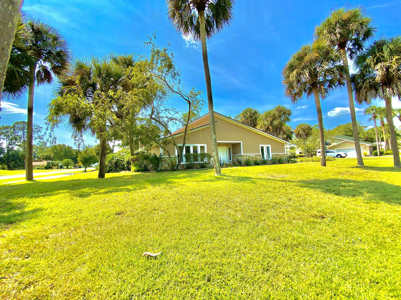 448 Pelican Bay Drive, South Daytona, Florida