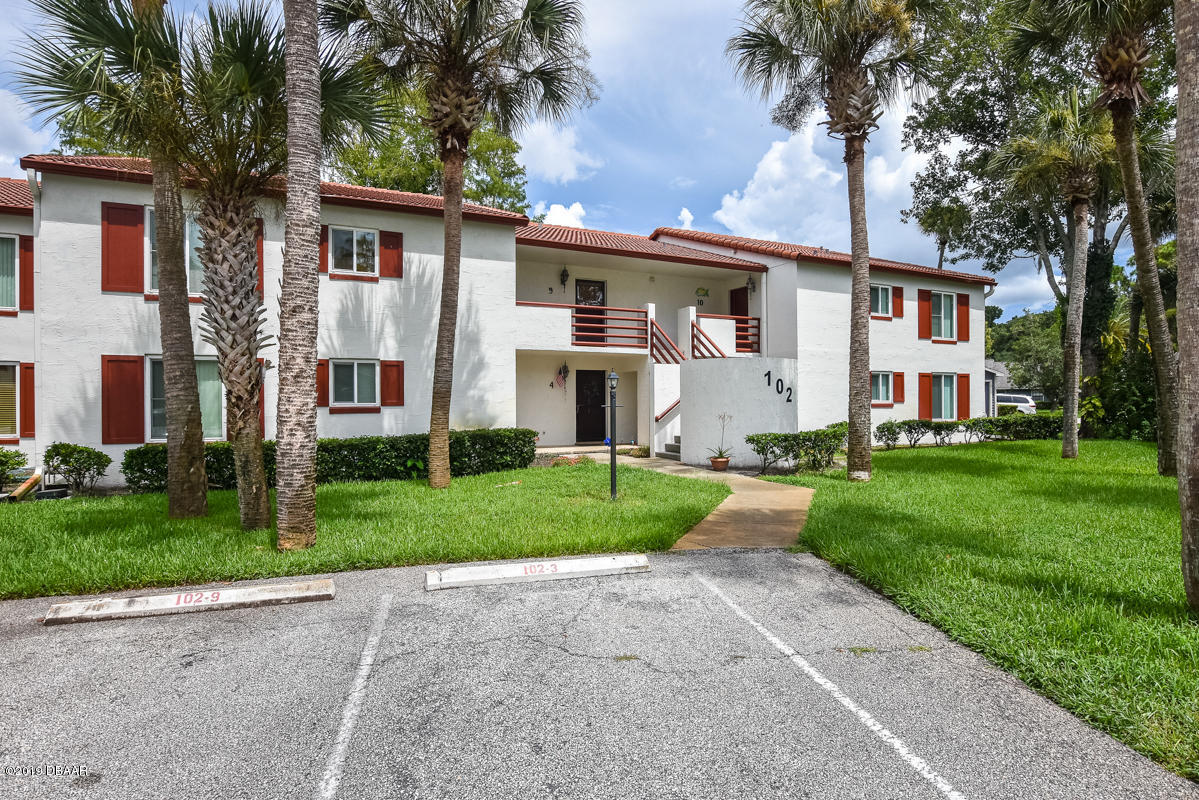 102 Bob White Ct, one of homes for sale in South Daytona