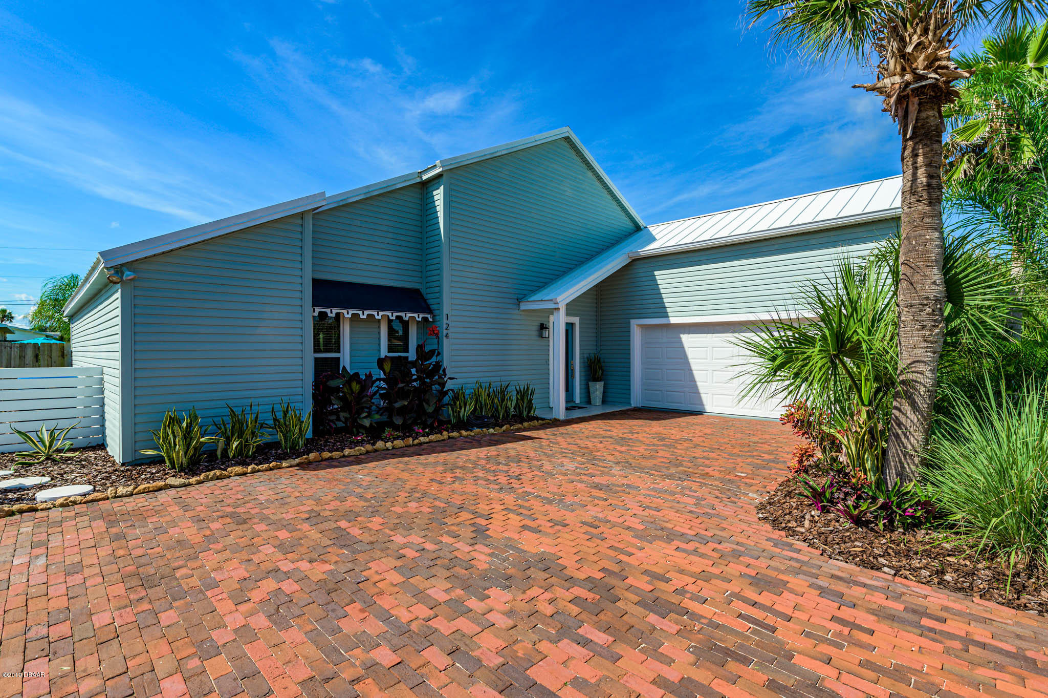 124 Mariners Drive, Ormond-By-The-Sea, Florida