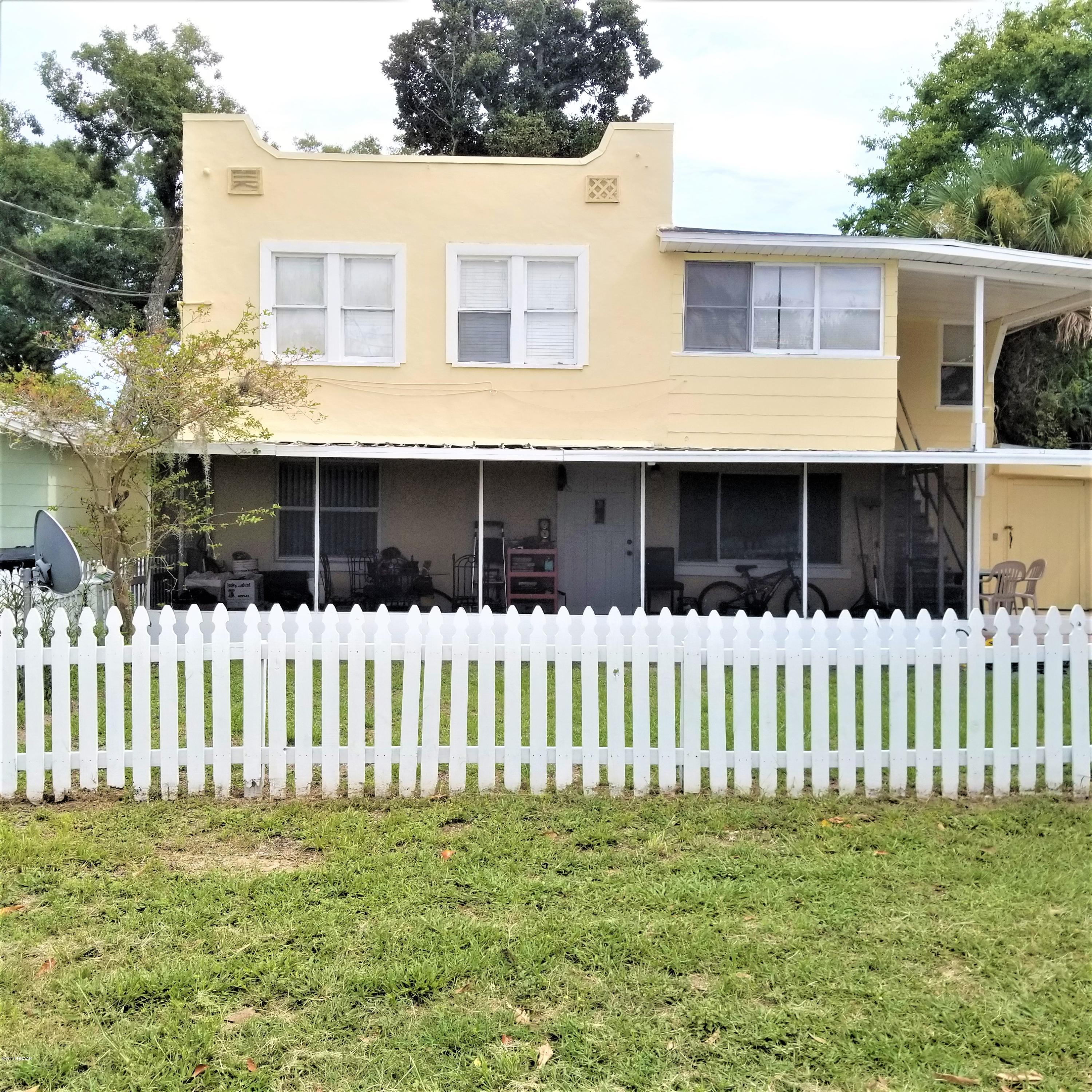 209 10th St, Holly Hill, Florida
