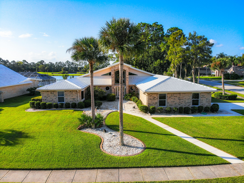 101 King Eider Court, South Daytona, Florida