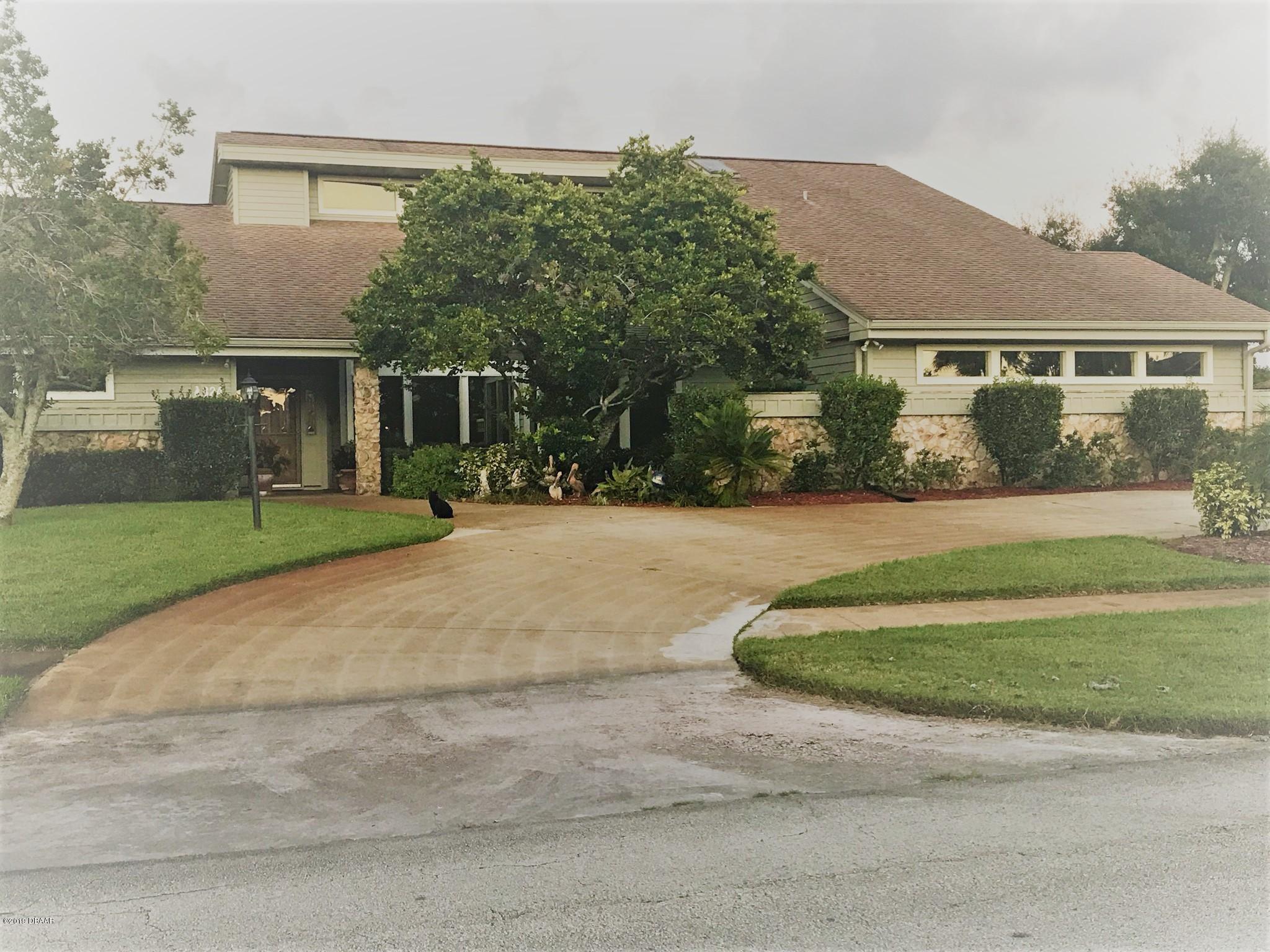 824 Pelican Bay Drive, South Daytona, Florida