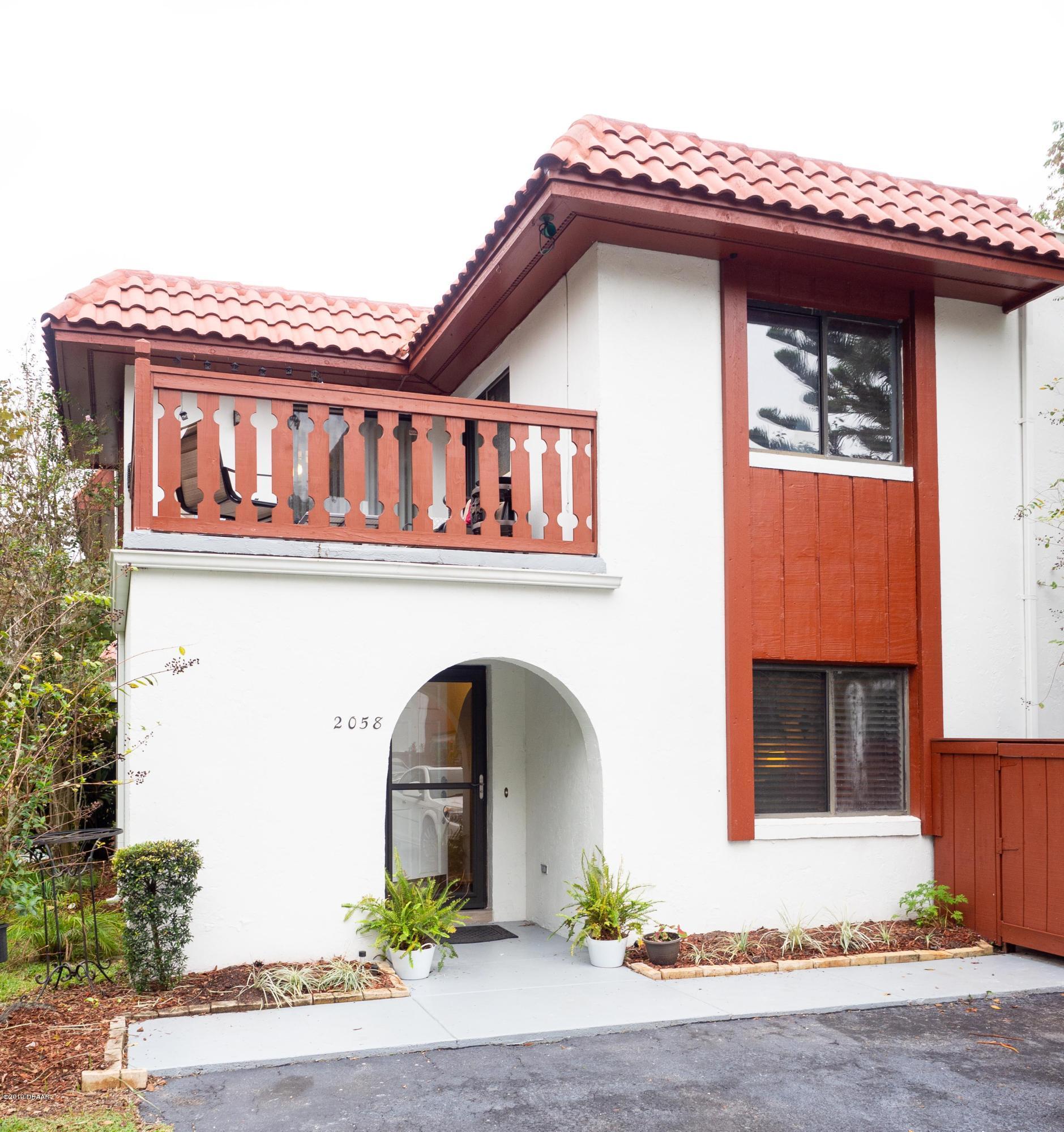 2058 Oak Meadow Circle, South Daytona, Florida