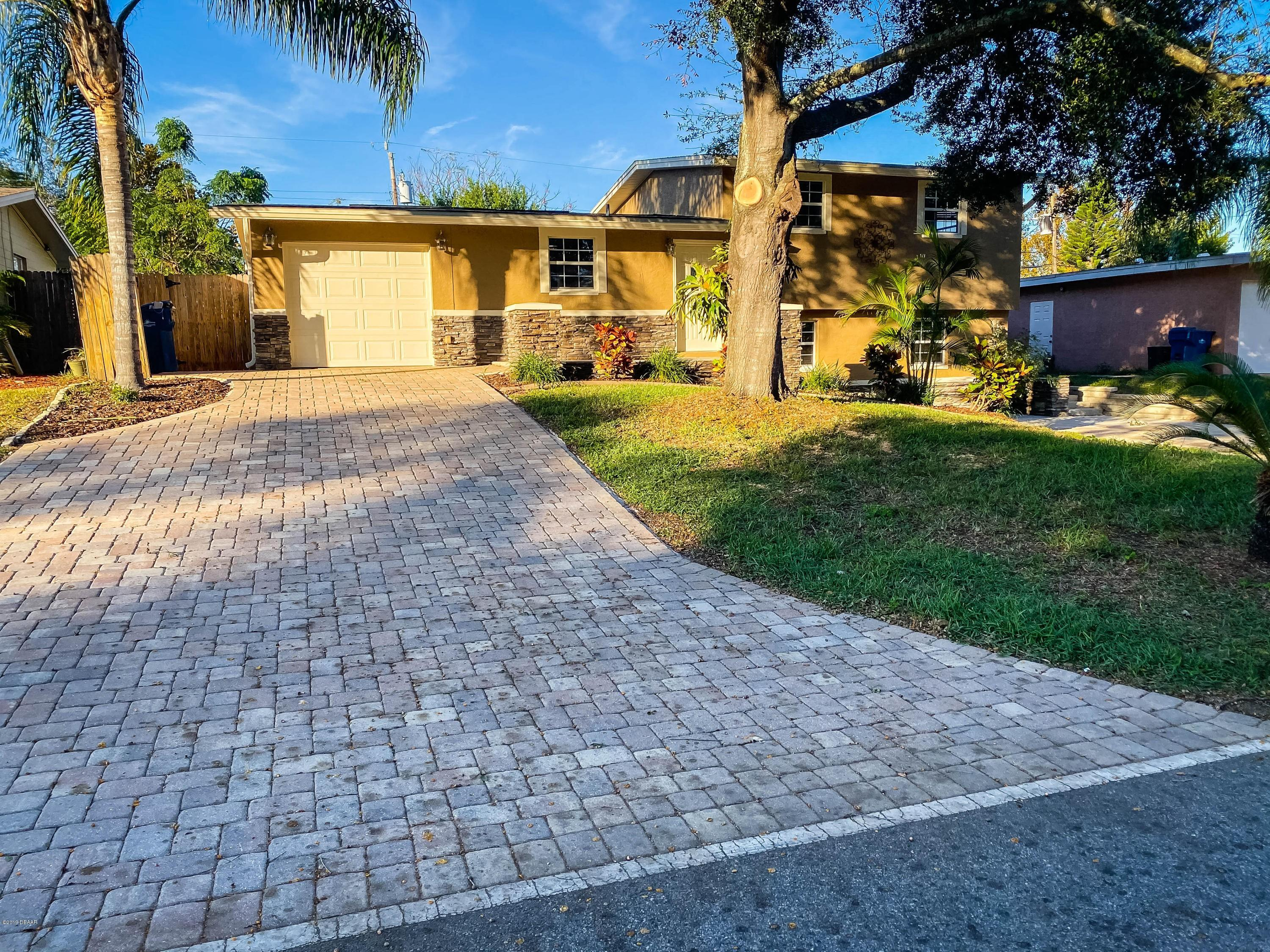 1424 Flomich St, Holly Hill, Florida