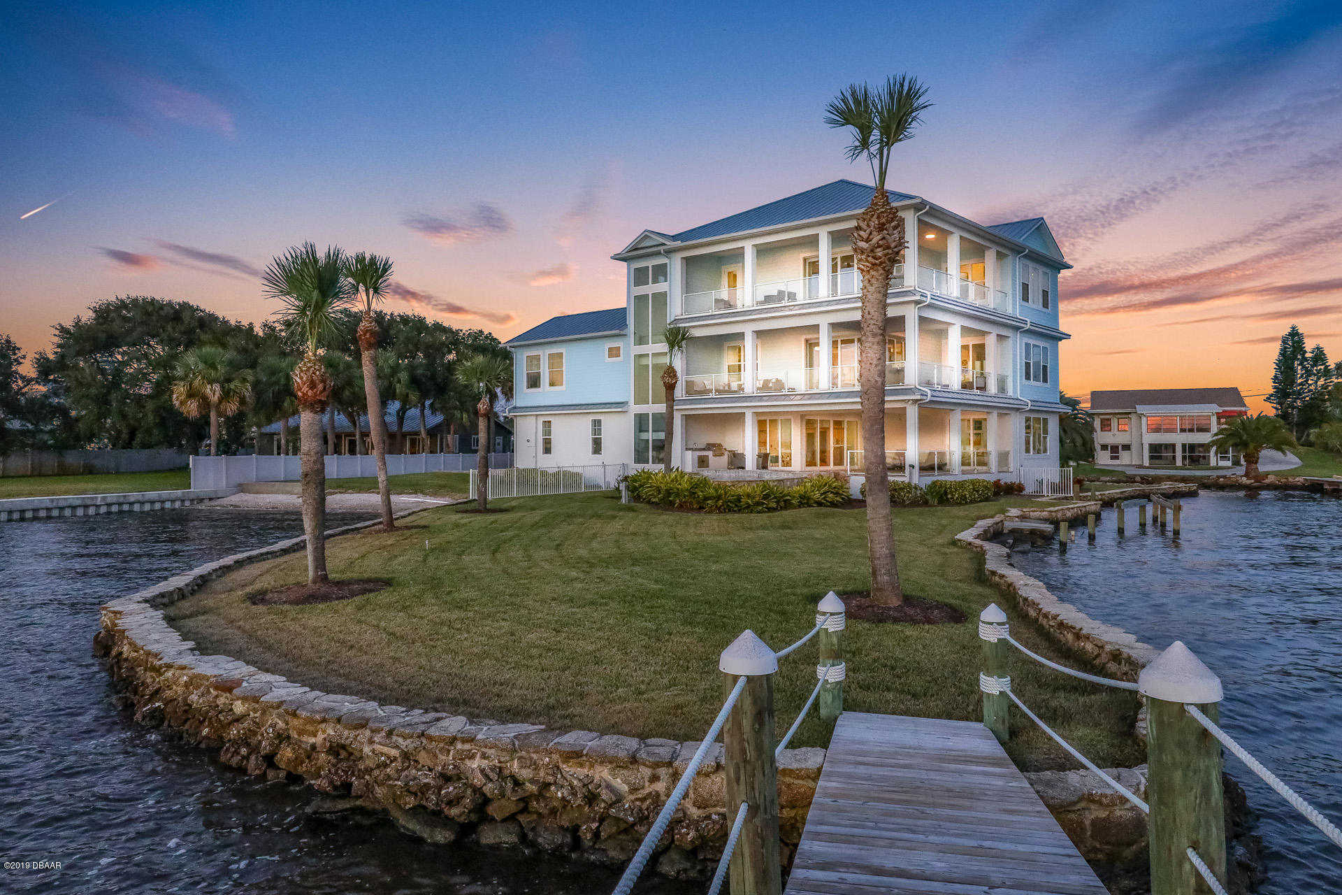 2810 S Peninsula Drive, one of homes for sale in Daytona Beach Shores
