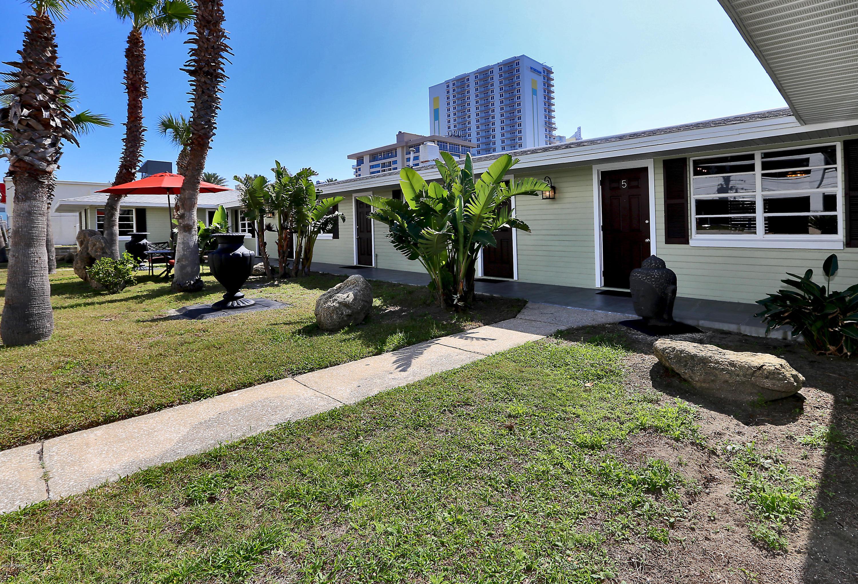 600 Oakridge Boulevard, Daytona Beach Shores, Florida