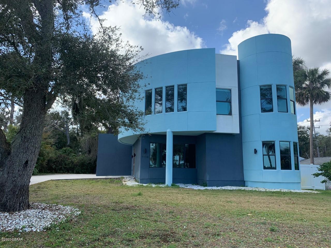 1238 Riverside Dr, Holly Hill, Florida