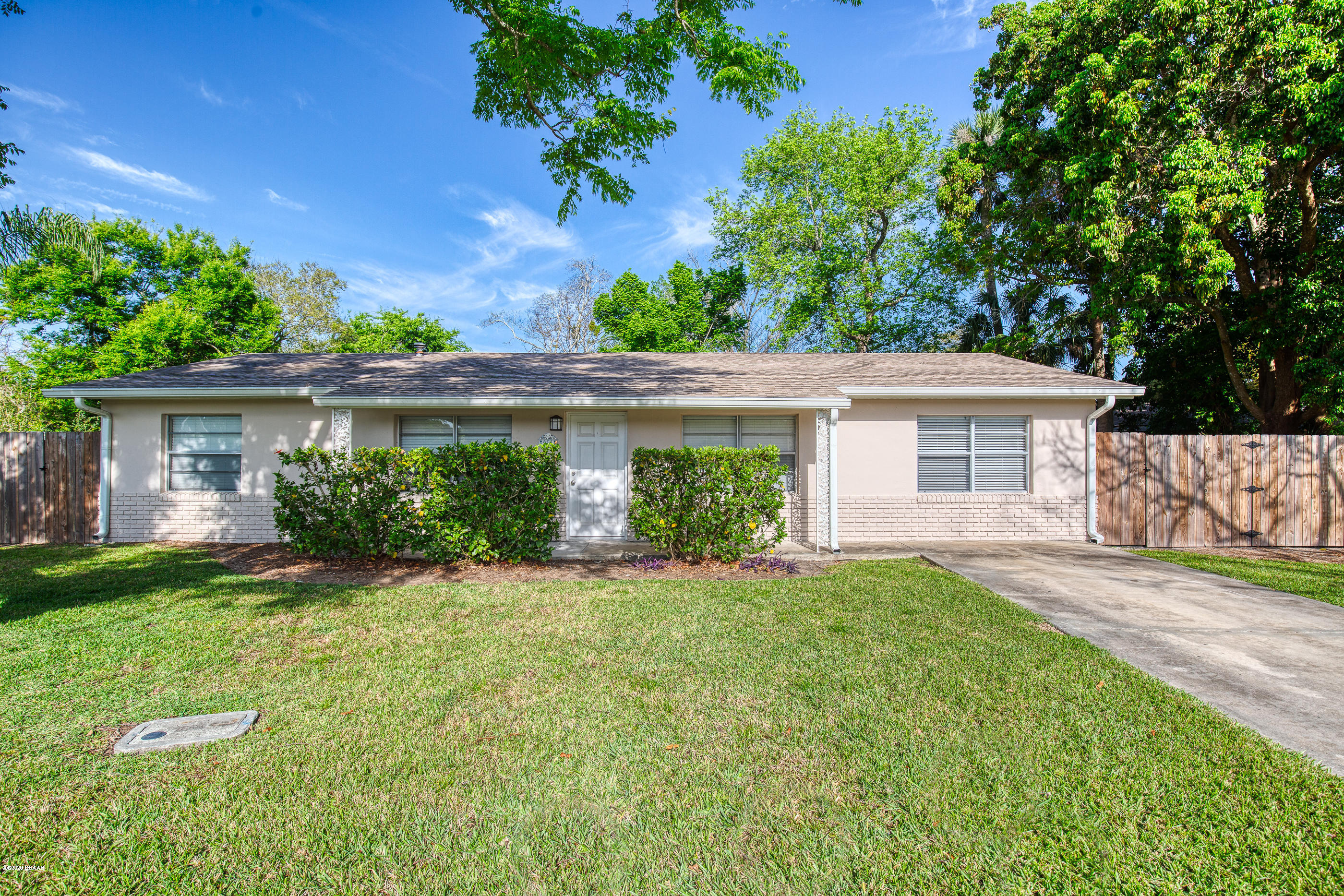 916 Damron Street, Holly Hill, Florida