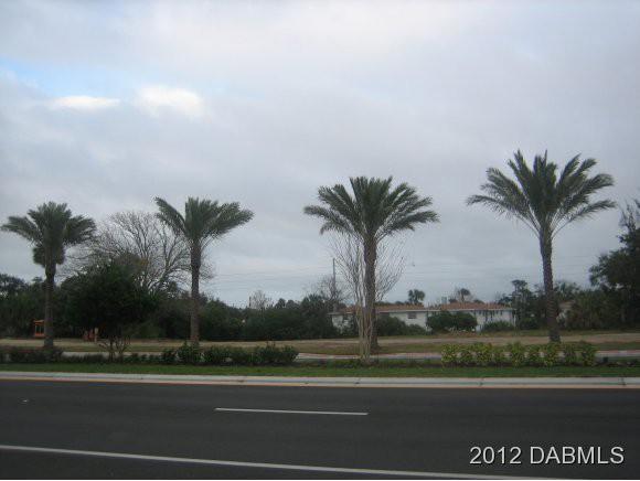 1745 S Ridgewood Ave, South Daytona, Florida
