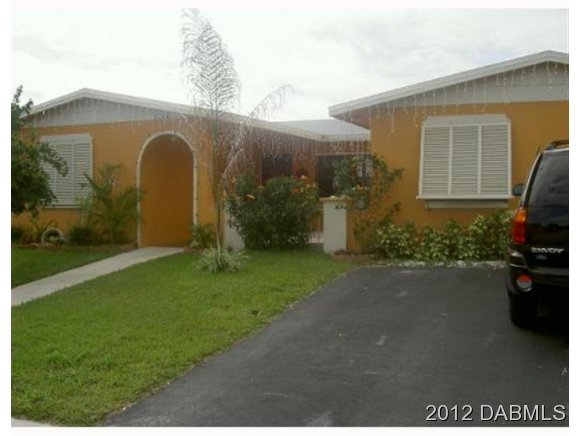 2220 93rd Way N, Pembroke Pines, FL 33024