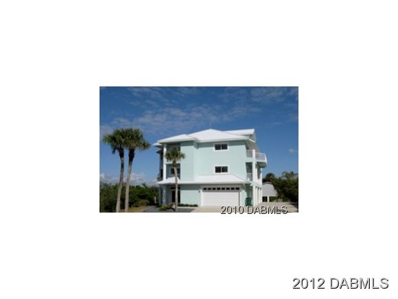 Single Family Home for Sale, ListingId:20341304, location: 813 Grunion Ave New Smyrna Beach 32169