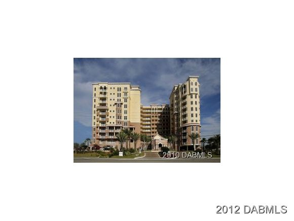 Featured Property in DAYTONA BEACH SHORES, FL, 32118