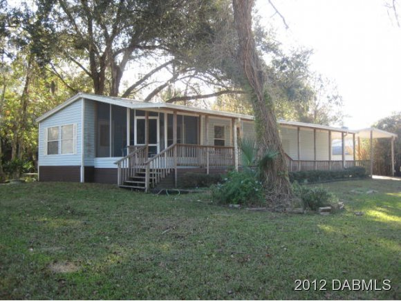 25646 Bass Rd, Astor, FL 32102