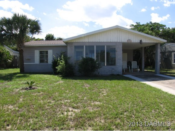 264 Woodland Ave, Daytona Beach, FL 32118