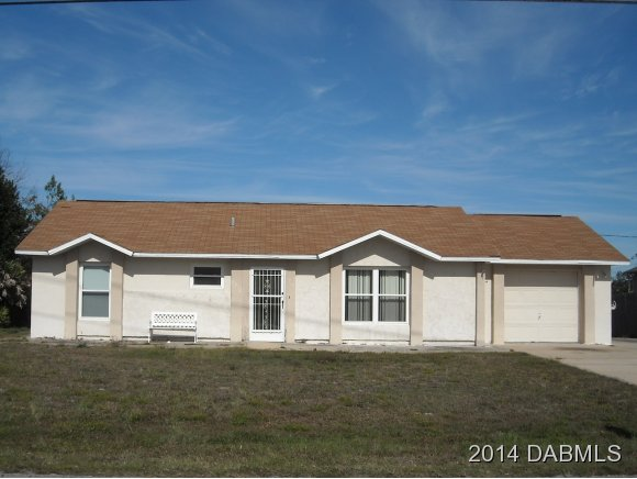 Featured Property in DELTONA, FL, 32738