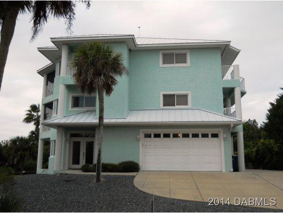 Single Family Home for Sale, ListingId:26659086, location: 813 Grunion Avenue New Smyrna Beach 32169