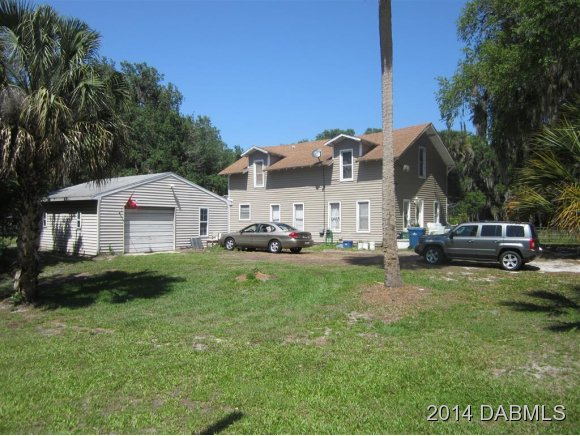 399 W Ariel Rd, Oak Hill, FL 32759