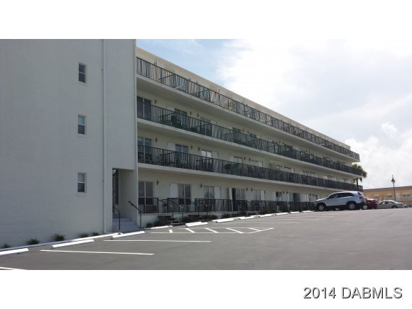 Rental Homes for Rent, ListingId:26956406, location: 3727 Atlantic Avenue S Daytona Beach Shores 32118