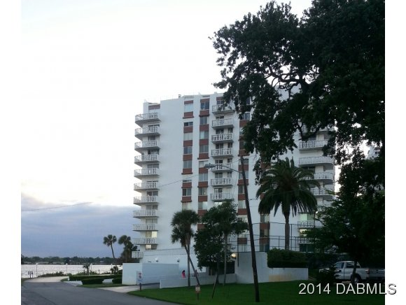 One of Daytona Beach 2 Bedroom Pool Homes for Sale