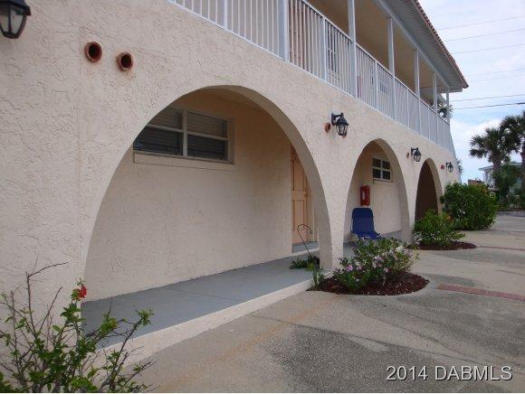 Single Family Home for Sale, ListingId:28119775, location: 1510 Ocean Shore Blvd Ormond Beach 32176