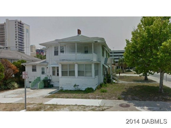 316 N Grandview Ave, Daytona Beach, FL 32118