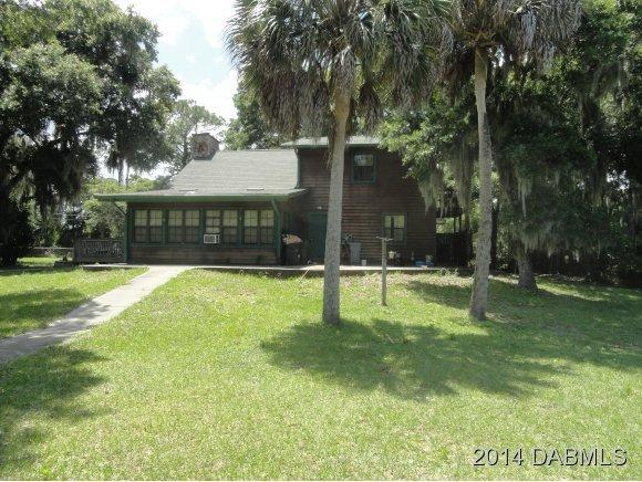 425 Lazy Z Ln, Oak Hill, FL 32759