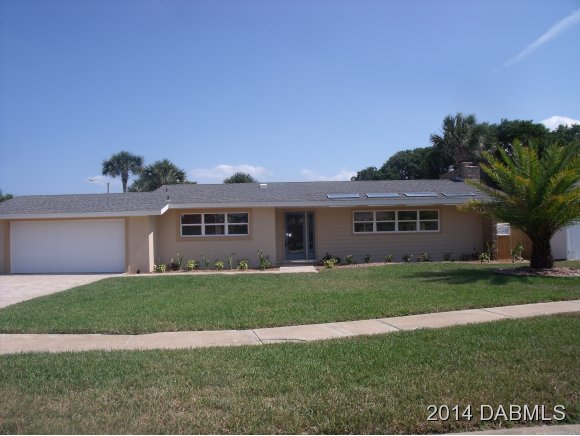 16 Buckingham Dr, Ormond Beach, FL 32176