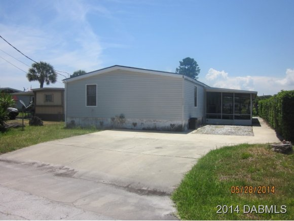 113 E Ariel Rd, Oak Hill, FL 32759