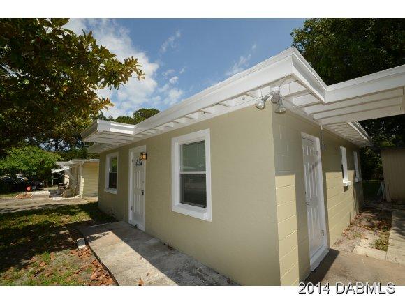 617 Calhoun St, Daytona Beach, FL 32119