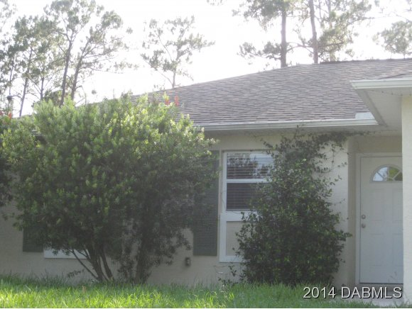 Rental Homes for Rent, ListingId:29205513, location: 1450 General Mcarthur Ave Daytona Beach 32124