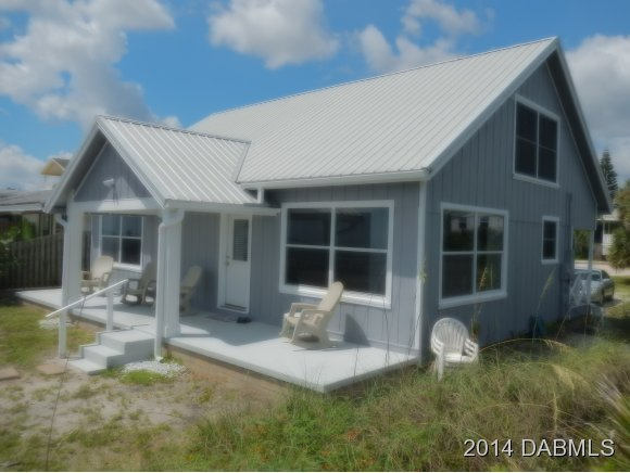 One of New Smyrna Beach 4 Bedroom Ocean Front Homes for Sale