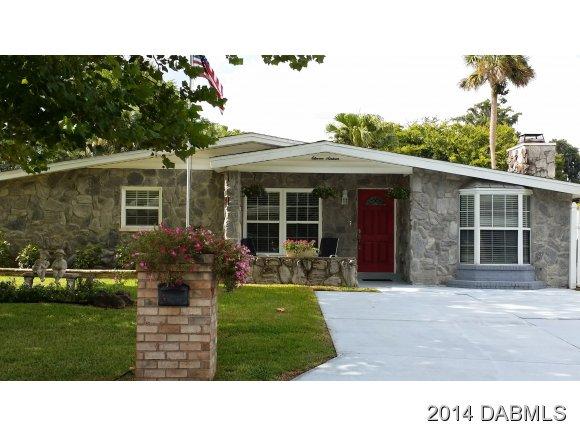 1116 Bradenton Rd, Daytona Beach, FL 32114