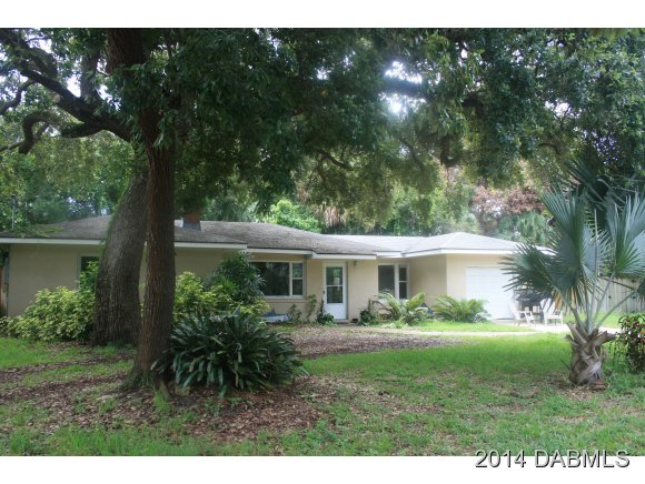 One of New Smyrna Beach 2 Bedroom Homes for Sale