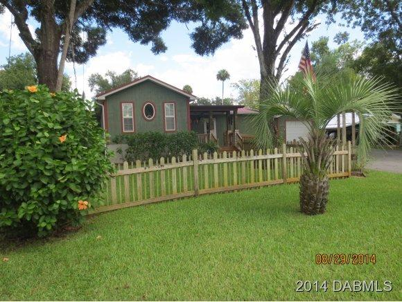 56326 Water Oak Rd, Astor, FL 32102