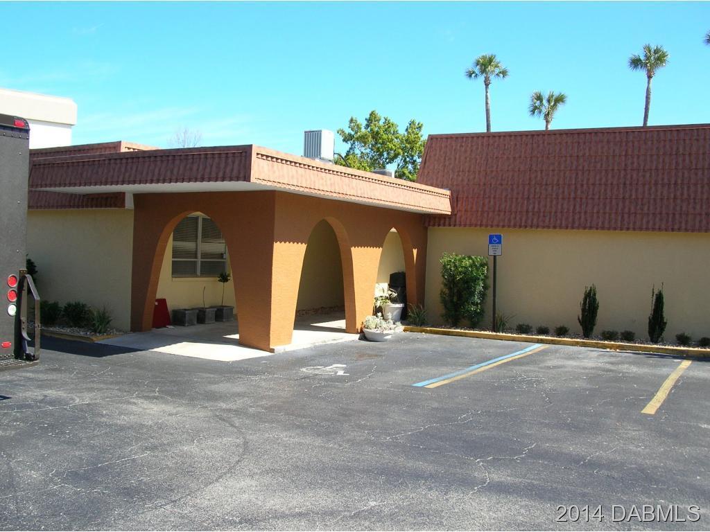 Commercial Property for Sale, ListingId:29788976, location: 550 Memorial Cir Ormond Beach 32174