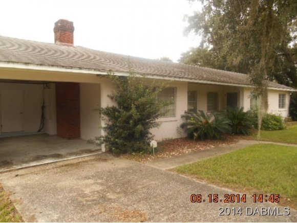6041 Lake Winona Rd, De Leon Springs, FL 32130