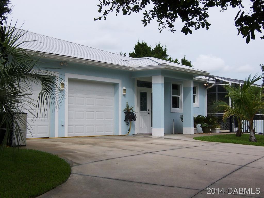 244 Indian Creek Rd, Oak Hill, FL 32759
