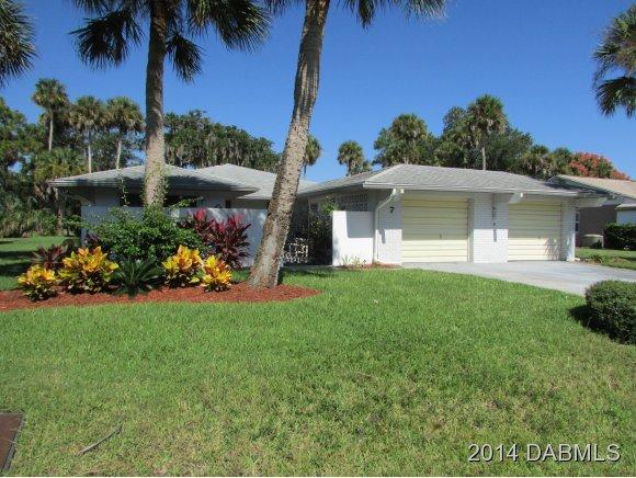 7 Casper Dr, Palm Coast, FL 32137