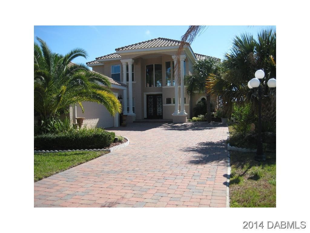 90 Emerald Lake Dr, Palm Coast, FL 32137