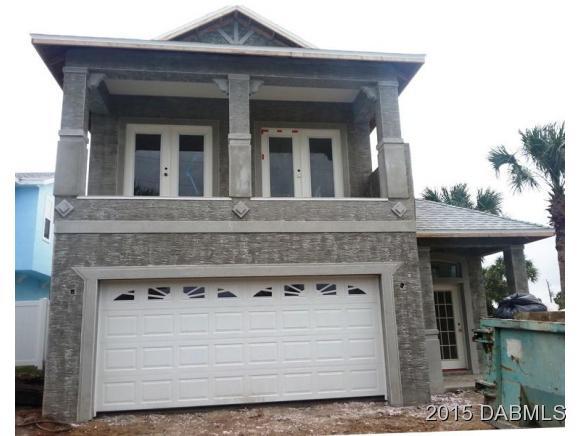215 N 7th St, Flagler Beach, FL 32136