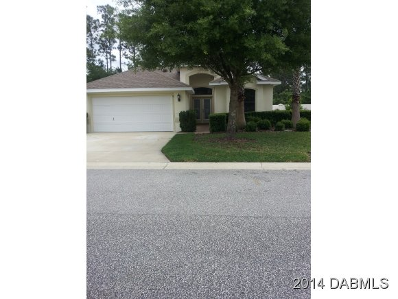 8 Raintree Cir, Palm Coast, FL 32164