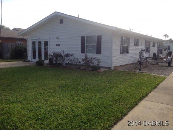 227 Gary Ave, Oak Hill, FL 32759