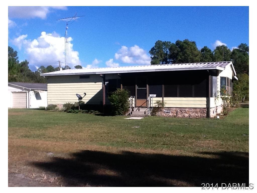 114 W Janet Dr, Crescent City, FL 32112