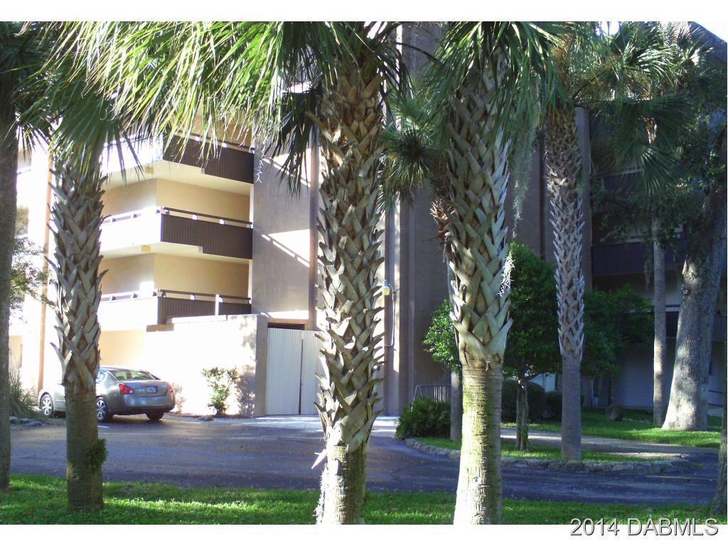 Single Family Home for Sale, ListingId:30884170, location: 640 Nova Rd N Ormond Beach 32174