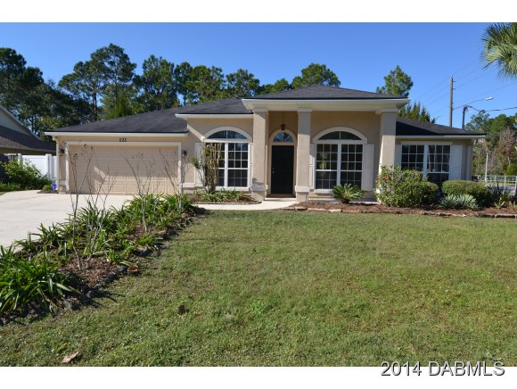 121 Braddock Ln, Palm Coast, FL 32137