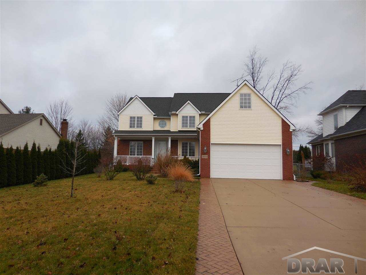 Real Estate for Sale, ListingId: 31823336, Livonia,MI48152