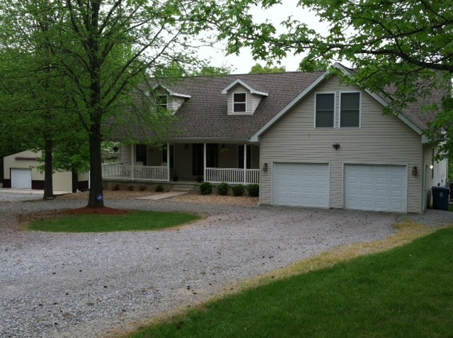 1699 Pond Ridge, Murphysboro, IL 62966