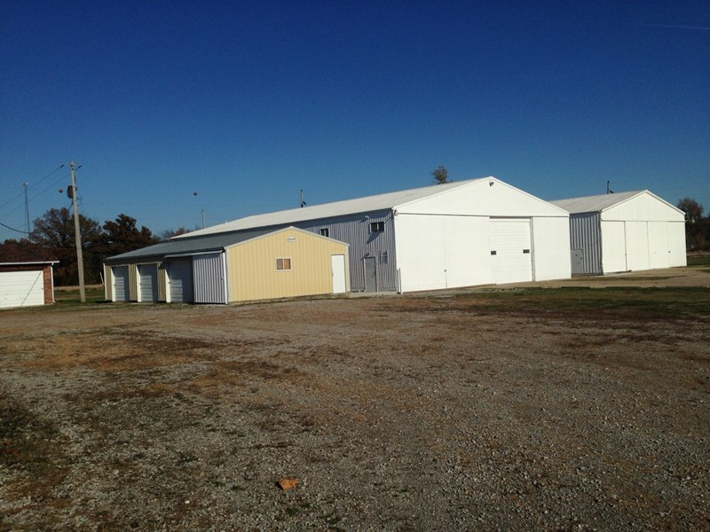 5.5 acres Du Quoin, IL