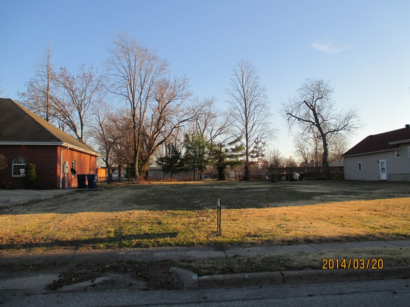 0.28 acres by Marion, Illinois for sale